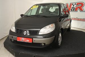eladó Renault-Scenic-1.9-DCi-Privileg használtautó