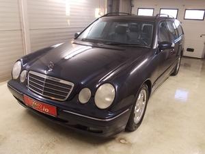elad� Mercedes-E-270-CDI-T-Avantgarde haszn�ltaut�