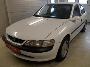 eladó Opel-Vectra-B-CD-2.0-16V- használtautó