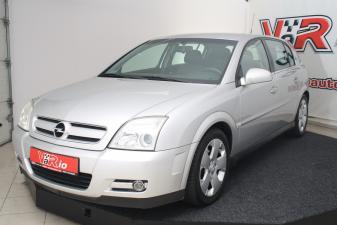 eladó Opel-Signum-2.2-DTi-Cosmo használtautó