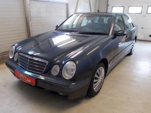elad� Mercedes-E240-Classic-Automata haszn�ltaut�