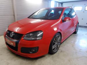 eladó Volkswagen-Golf-V-GTi-2.0-T-FSi-DSG használtautó