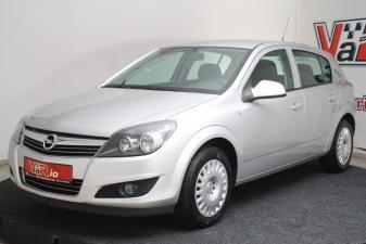 eladó Opel-Astra-H-Classic-III-1.7-DTR használtautó