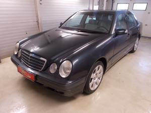 eladó Mercedes-E240-Classic-Automata használtautó
