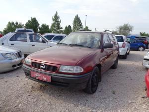 eladó Opel-Astra-Classic-1.4-Caravan használtautó
