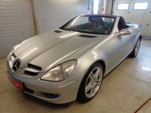 eladó Mercedes-SLK-200-Kompressor-Automata-Roadster használtautó