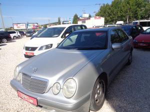 eladó Mercedes-E200-Kompressor-Classic használtautó