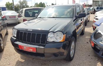 eladó Jeep-Grand-Cherokee-3.7-Laredo-Benzin+Gáz--Automata használtautó