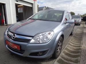 eladó Opel-Astra-1.6-Enjoy-Sedan használtautó