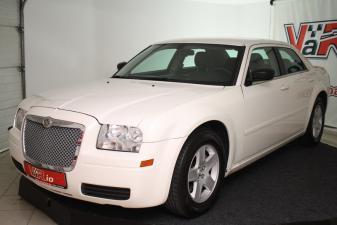 eladó Chrysler-300C-2.7-V6-Automata használtautó
