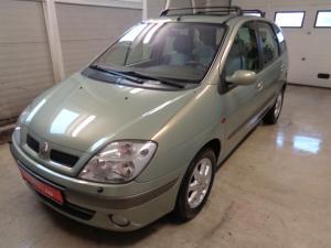 eladó Renault-Scenic-1.6-16V-Privilege használtautó