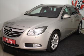 eladó Opel-Insignia-Sports-Tourer-2.0-CDTi használtautó