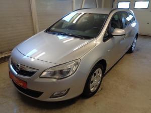 eladó Opel-Astra-J-2.0-CDTI-Sports-Tourer használtautó
