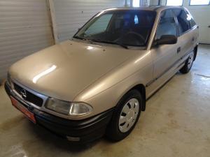 eladó Opel-Astra-F-1.4-16V-GL használtautó