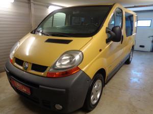 eladó Renault-Trafic-1.9-dCi-6-személyes használtautó