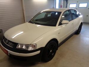 eladó Volkswagen-Passat-1.8i-Comfortline használtautó