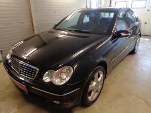 eladó Mercedes-C350-4Matic-Automata-Avantgarde használtautó