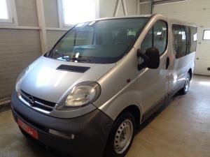 eladó Opel-Vivaro-1.9-Di-9-személyes használtautó