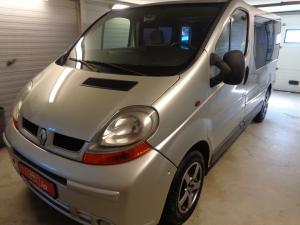 eladó Renault-Trafic-1.9-dCi-100-Passanger használtautó