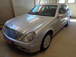 eladó Mercedes-E-220-CDi-Automata-Elegance használtautó