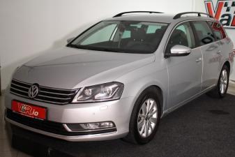 eladó Volkswagen-Passat-Variant-2.0-CR-TDI-Comfortline-LED-XENON használtautó