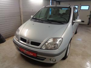 eladó Renault-Scenic-1.9-dCi használtautó