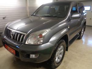 eladó Toyota-Land-Cruiser-3.0-D4-D-VX-4x4 használtautó