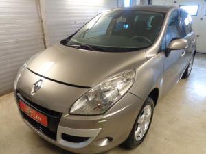 eladó Renault-Megane-Scenic-1.4-TCE használtautó