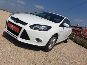 eladó Ford-Focus-1.6-TCDi-Trend-Sedan- használtautó