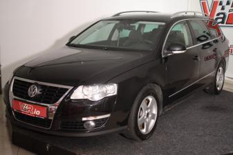 eladó Volkswagen-Passat-Variant-2.0-CRTDi-Comfortline-DSG használtautó