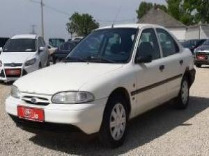 eladó Ford-Mondeo-1.8-i használtautó