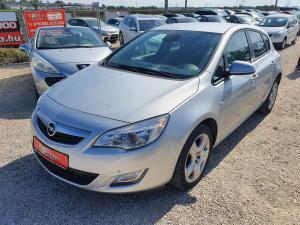 eladó Opel-Astra-J-Sports--1.4-Sport használtautó