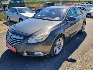 eladó Opel-Insignia-1.6-t-Cosmo használtautó