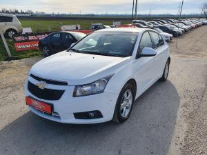 eladó Chevrolet-Cruze-LS+ használtautó