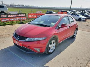 eladó Honda-Civic-1.4-Elegance használtautó
