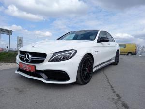 eladó Mercedes-AMG-C63S- használtautó