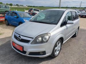 eladó Opel-Zafira-1.6-Edition--7-személyes használtautó