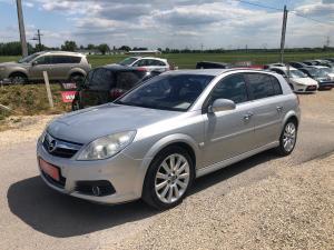eladó Opel-Signum-Cosmo használtautó