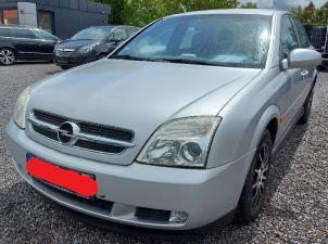 eladó Opel-Vectra-2.2-Elegance használtautó