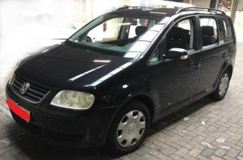 eladó Volkswagen-Touran-1.6-Fsi használtautó